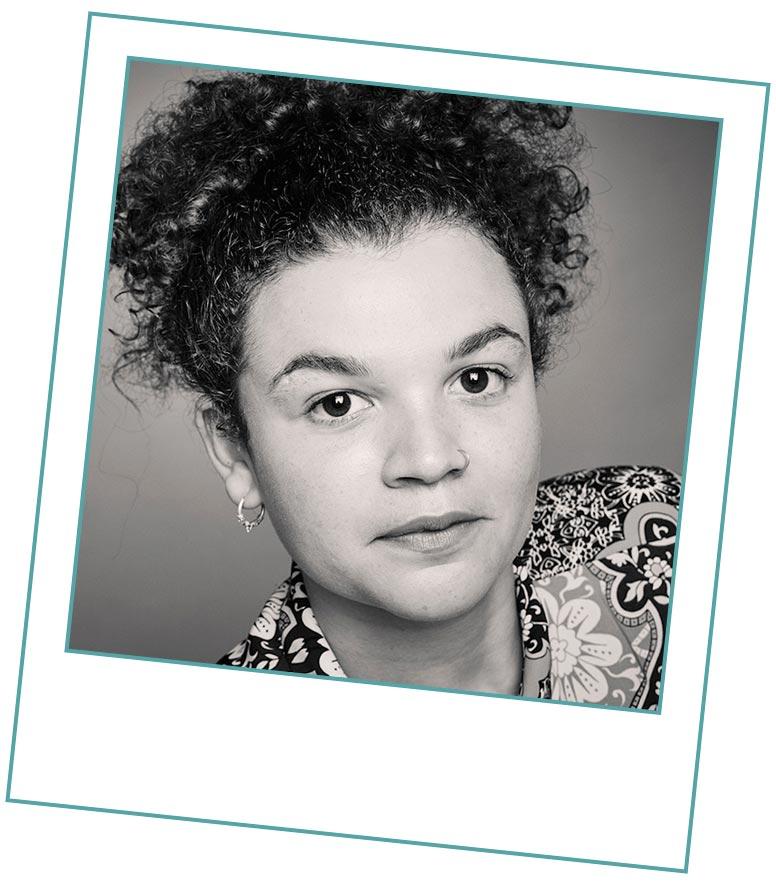 Ella Greyson - Studio Manager