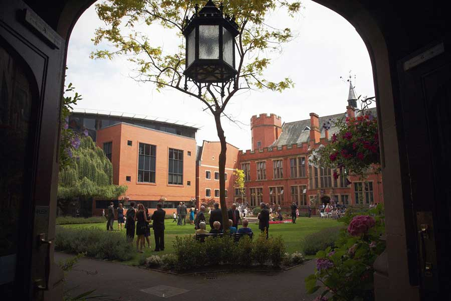 Wedding Photography at SHEFFIELD UNI_FIRTH COURT